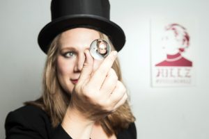 Ali Scott Kennedy's Just Not That Woman is playing the Vancouver Fringe Festival.